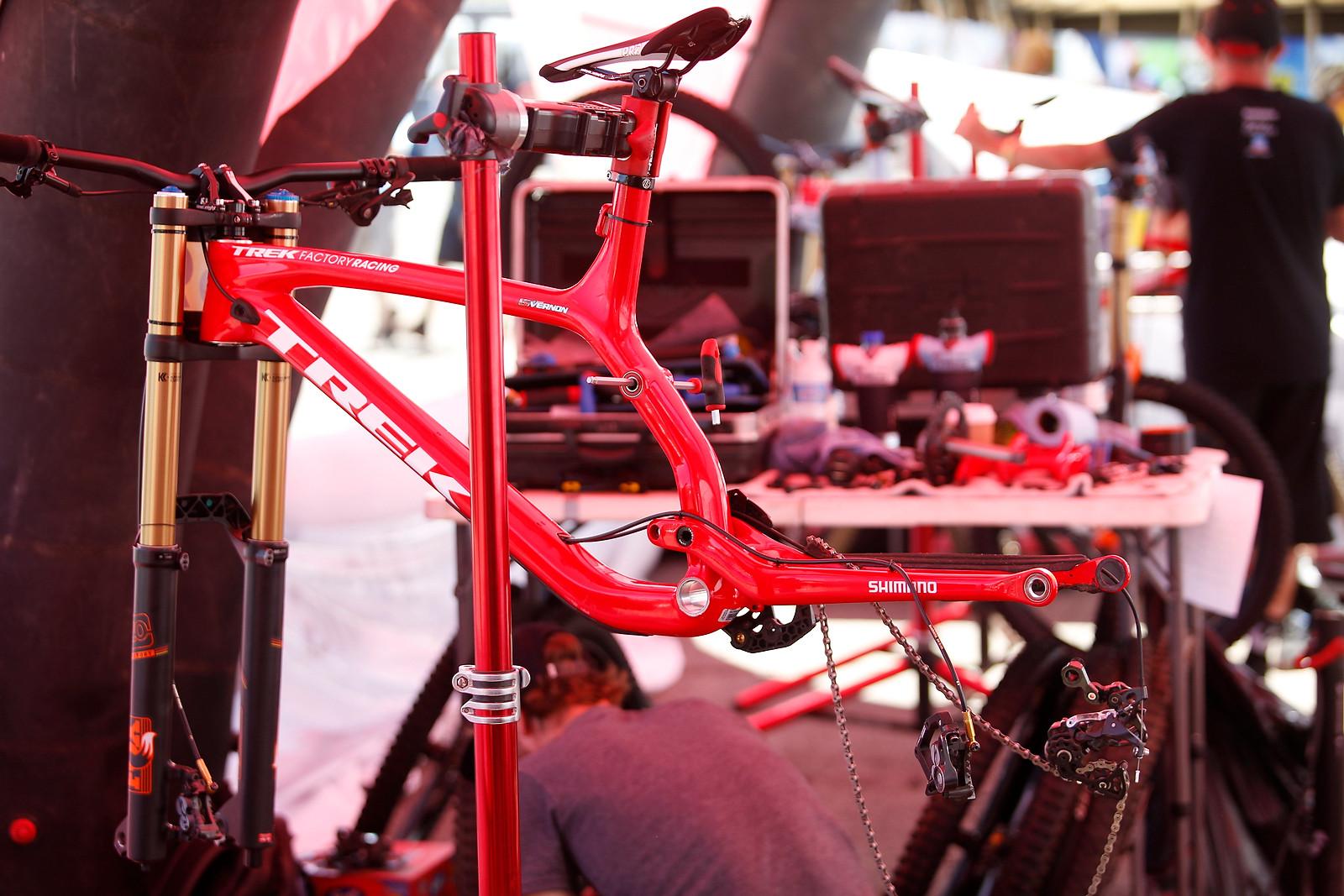 Taylor Vernon's Trek Session - PIT BITS - Mont Sainte Anne World Cup - Mountain Biking Pictures - Vital MTB