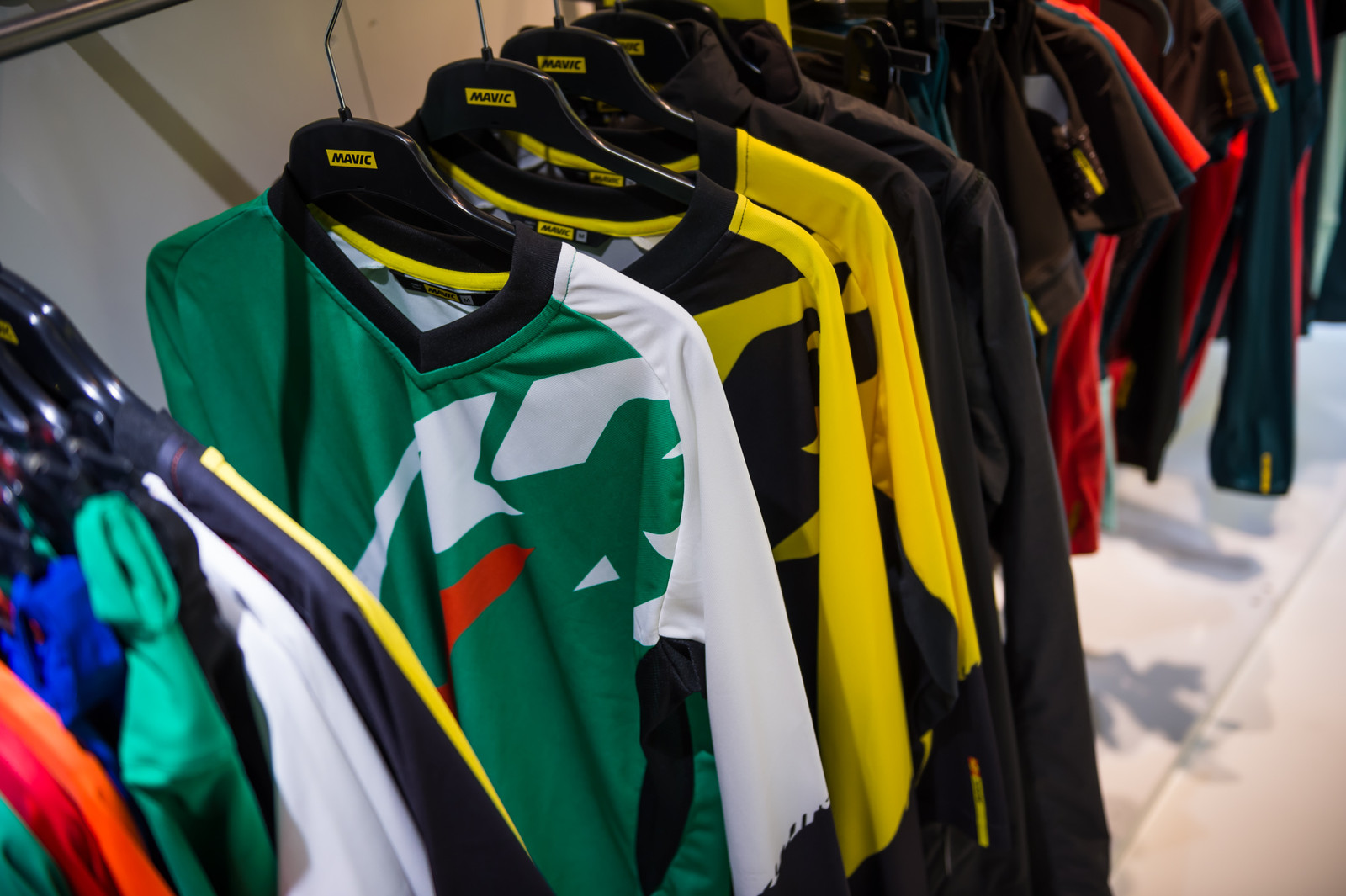 Mavic Crossmax Enduro Jersey New Colors - EUROBIKE - 2017 Mountain Bike Apparel and Protective Gear - Mountain Biking Pictures - Vital MTB