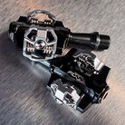 C138_funn_prototype_alloy_axle_pedals