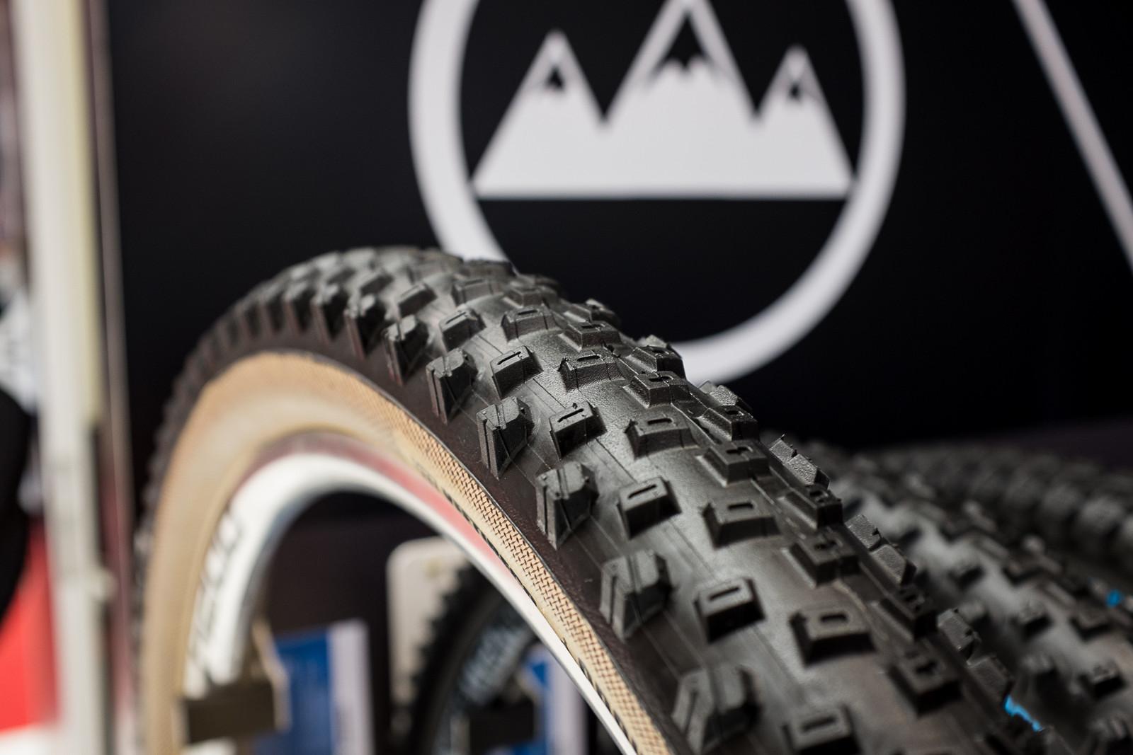 Vee Tire Co's Crown Gem Goes Skinwall - EUROBIKE - 2017 Mountain Bike Components - Mountain Biking Pictures - Vital MTB