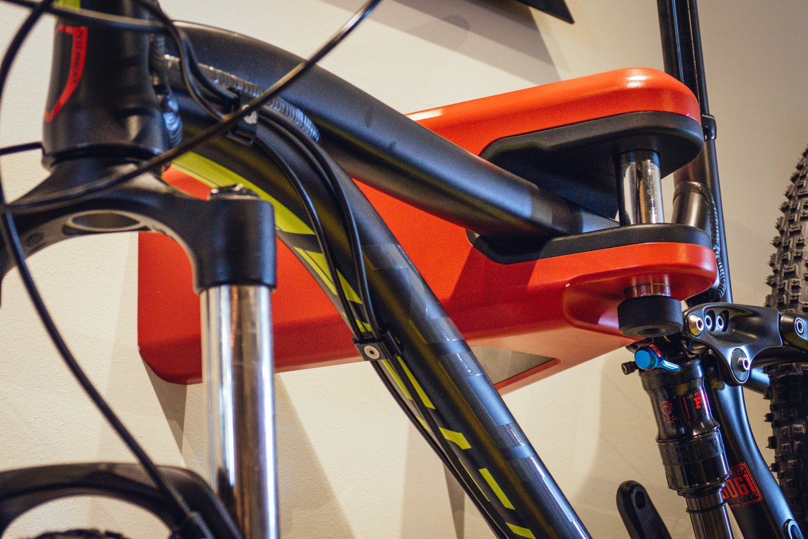 Airlok Wall Mount Bike Rack - EUROBIKE - 2017 Mountain Bike Components - Mountain Biking Pictures - Vital MTB