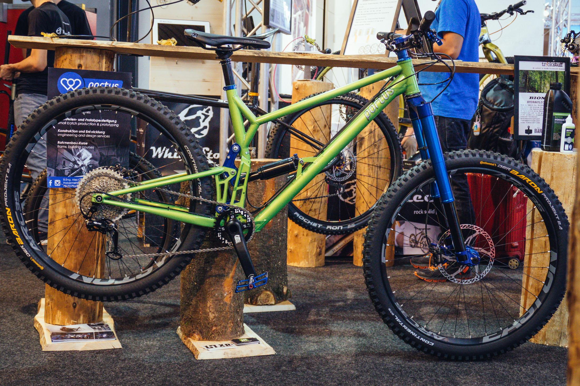 custom steel portus enduro bike eurobike 2017 enduro. Black Bedroom Furniture Sets. Home Design Ideas