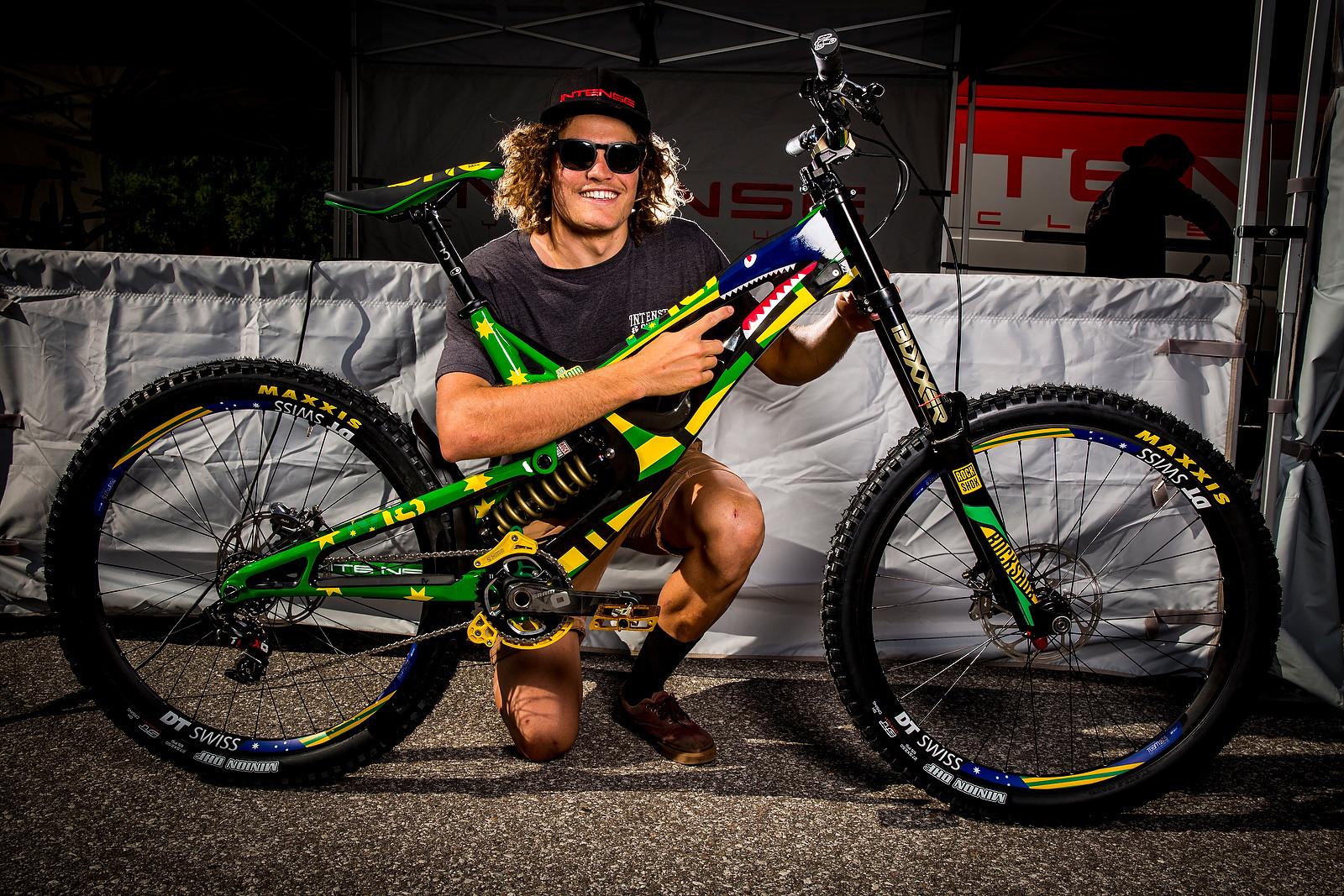 Jack Moir's Intense M16c | 2016 World Champs Bike - PIT BITS & BIKES - 2016 World Champs - Mountain Biking Pictures - Vital MTB
