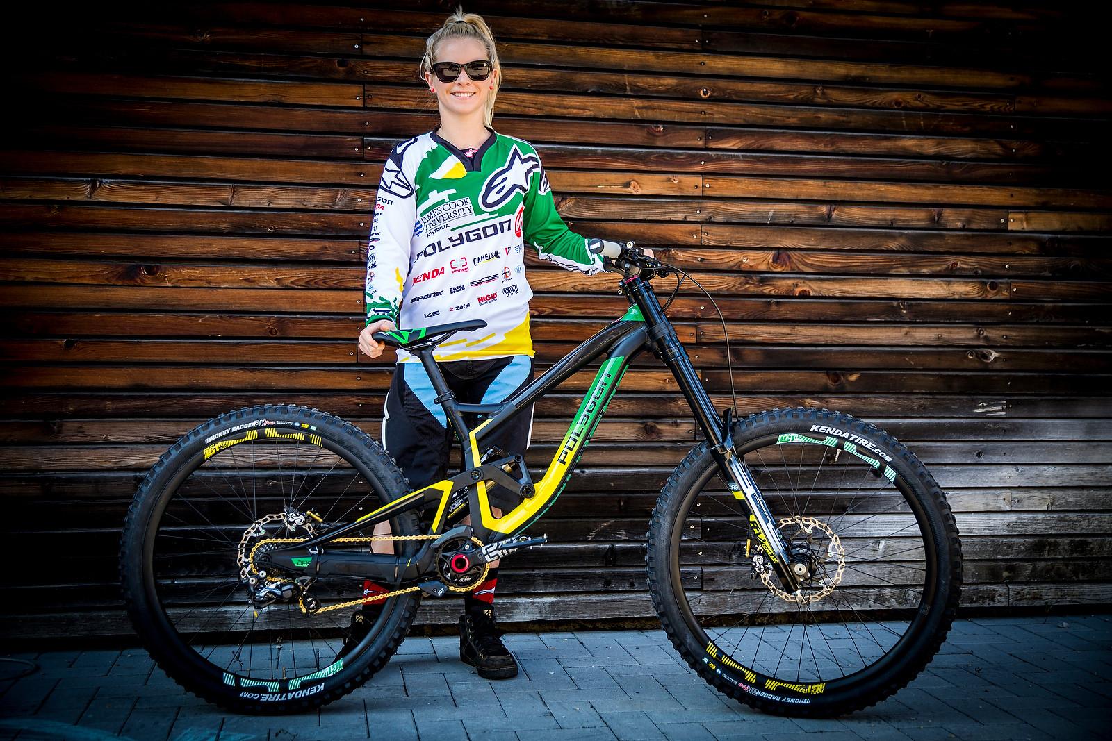 Tracey Hannah's Polygon DH | 2016 World Champs Bike - PIT BITS & BIKES - 2016 World Champs - Mountain Biking Pictures - Vital MTB
