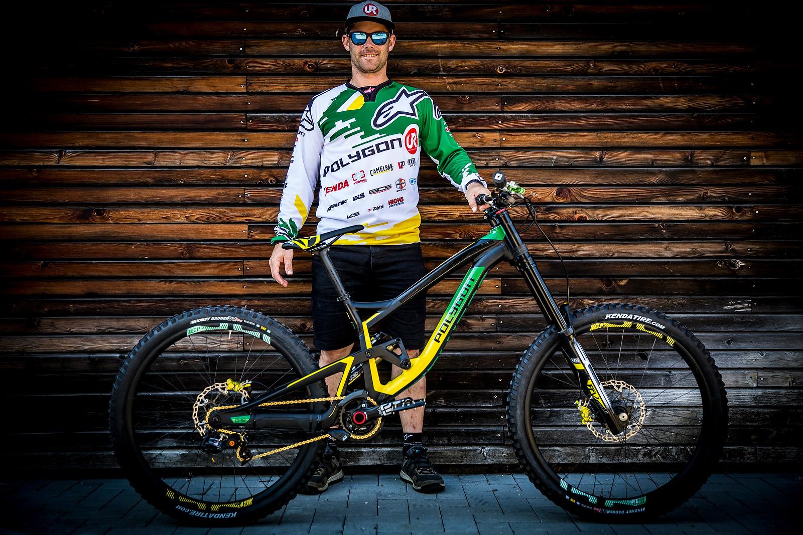 Mick Hannah's Polygon DH | 2016 World Champs Bike - PIT BITS & BIKES - 2016 World Champs - Mountain Biking Pictures - Vital MTB