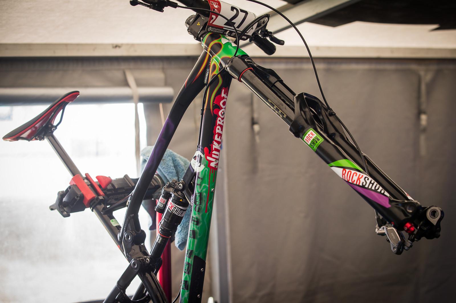 Sam Hill's Nukeproof Gravedigger - PIT BITS - Enduro World Series, Valberg - Mountain Biking Pictures - Vital MTB