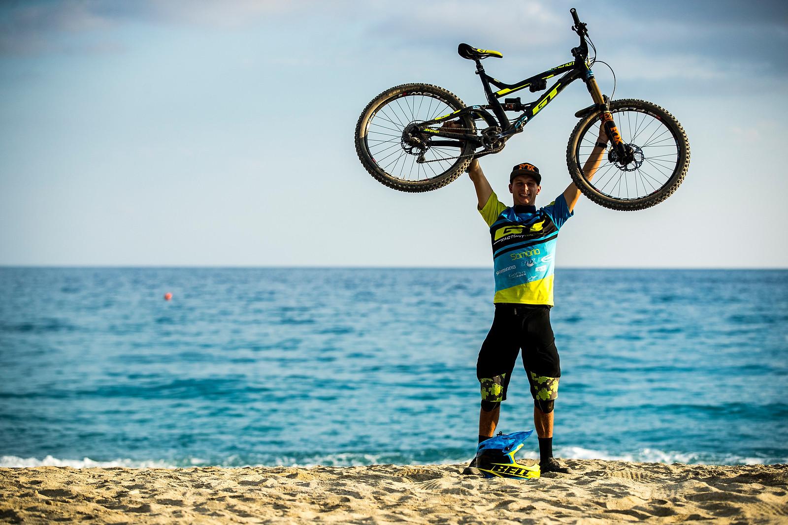 WINNING BIKE: Martin Maes' GT Sanction - WINNING BIKE: Martin Maes' GT Sanction - Mountain Biking Pictures - Vital MTB