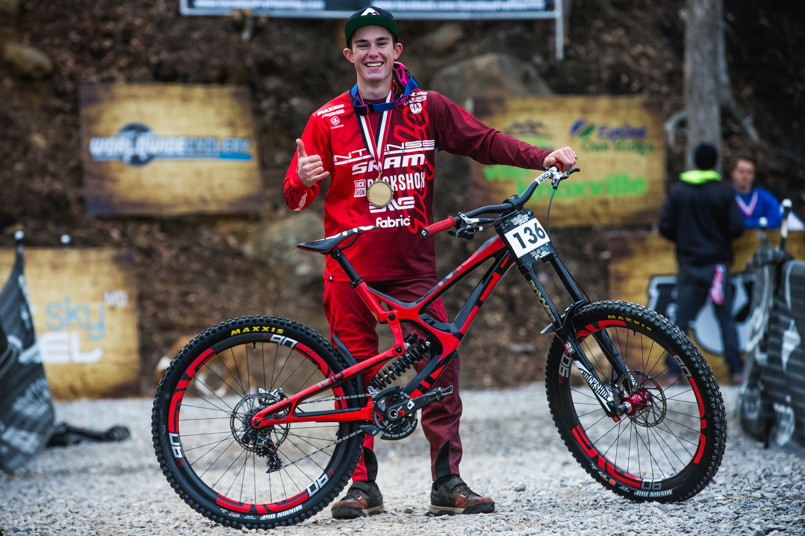 WINNER'S CIRCLE Pro GRT Windrock - Nik Nestoroff with his Intense M16c - WINNER'S CIRCLE - Pro GRT Windrock - Mountain Biking Pictures - Vital MTB