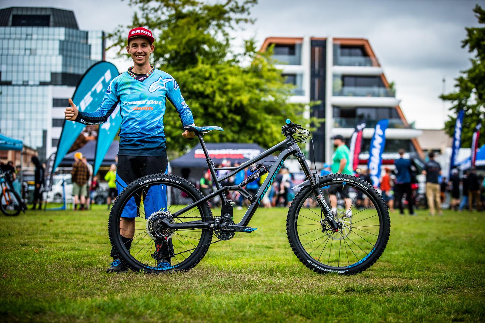 Jerome Clementz and his New Cannondale  - PIT BITS - Enduro World Series, Rotorua, New Zealand - Mountain Biking Pictures - Vital MTB