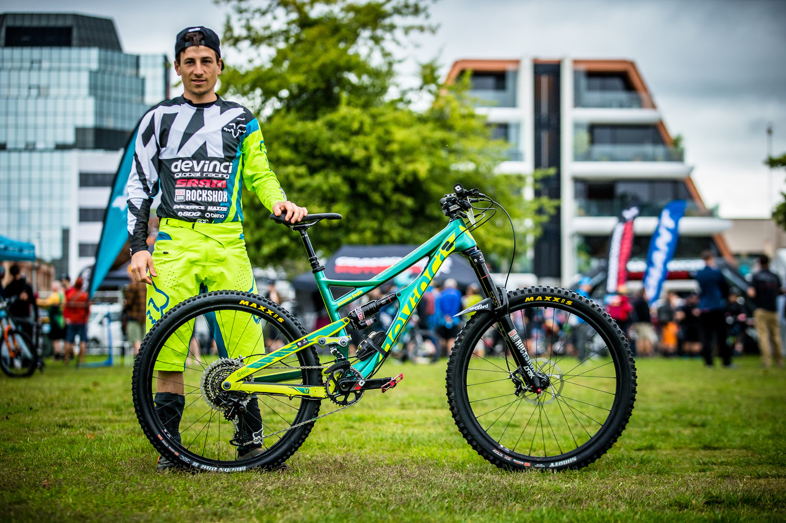 Damien Oton and his Devinci Spartan - PIT BITS - Enduro World Series, Rotorua, New Zealand - Mountain Biking Pictures - Vital MTB
