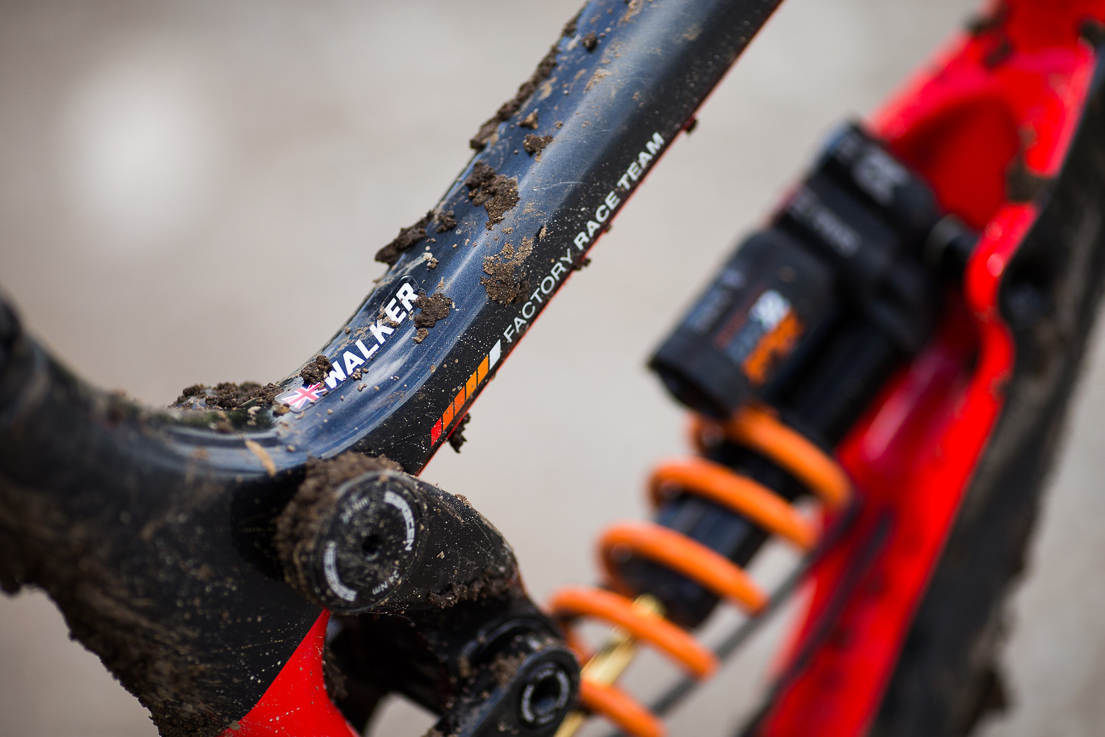 Proof It's Matt Walker's Bike - WINNING BIKE: Matt Walker's Saracen Myst - Mountain Biking Pictures - Vital MTB