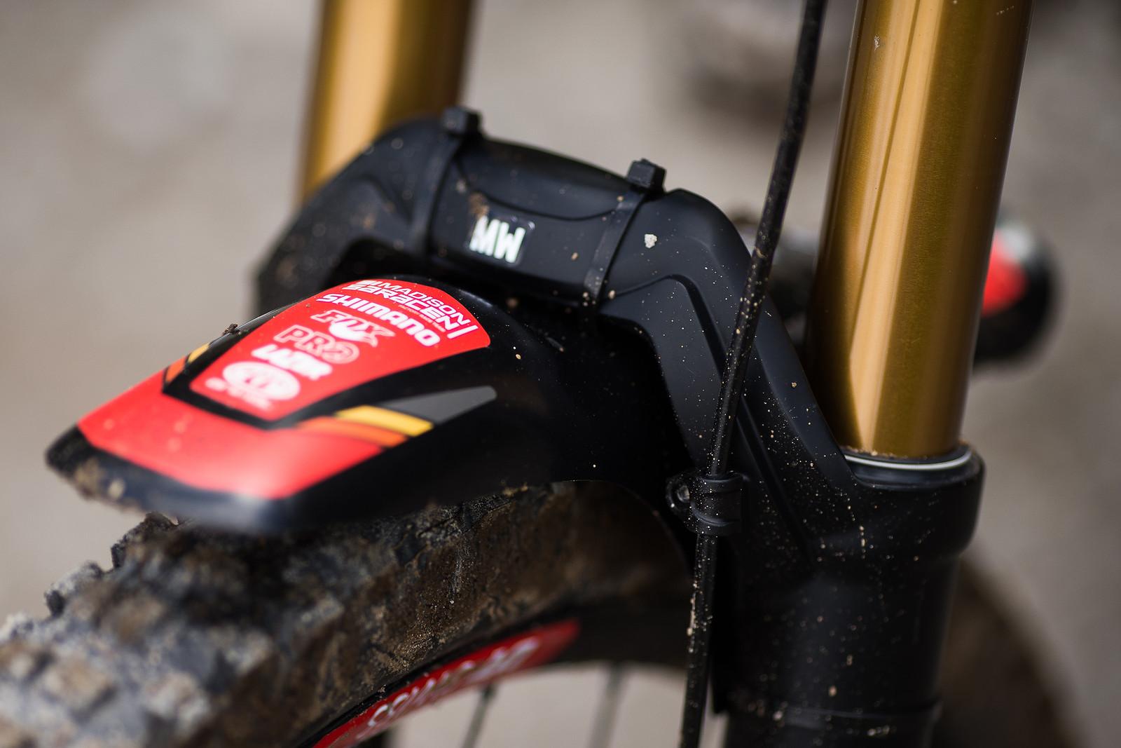 Here's Mud in Your Eye - WINNING BIKE: Matt Walker's Saracen Myst - Mountain Biking Pictures - Vital MTB