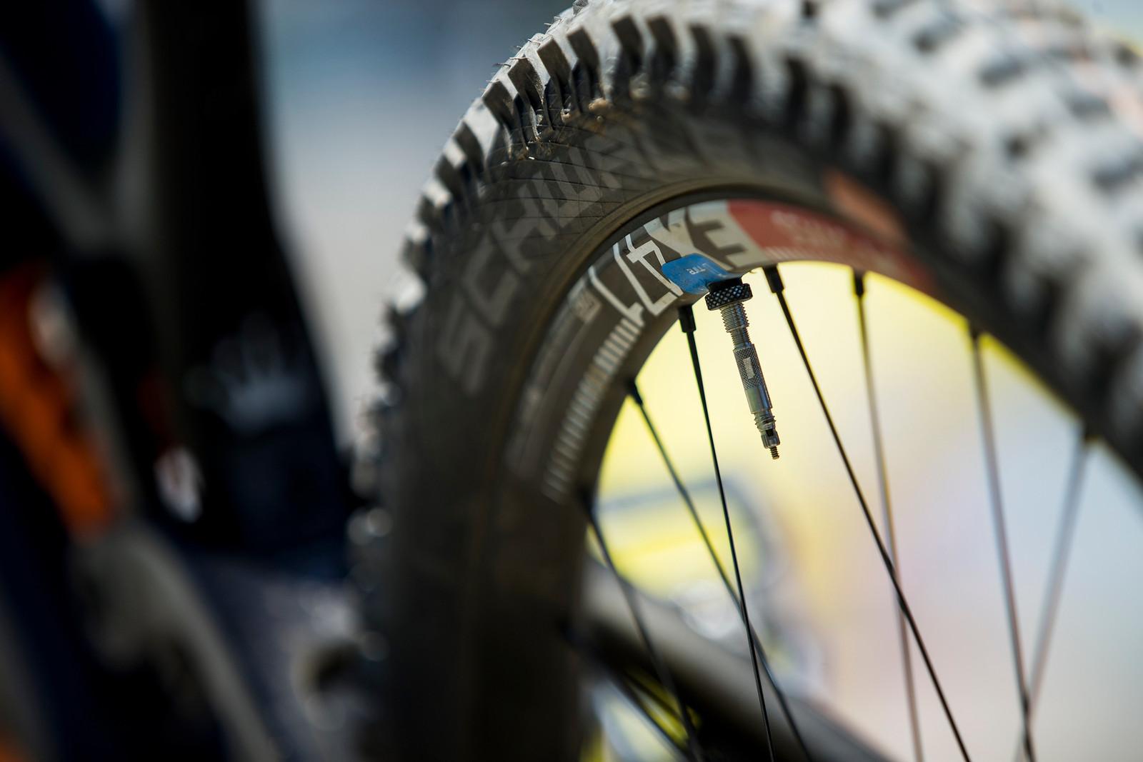 Schwalbe ProCore - WINNING BIKE: Tahnee Seagrave's Prototype Transition - Mountain Biking Pictures - Vital MTB