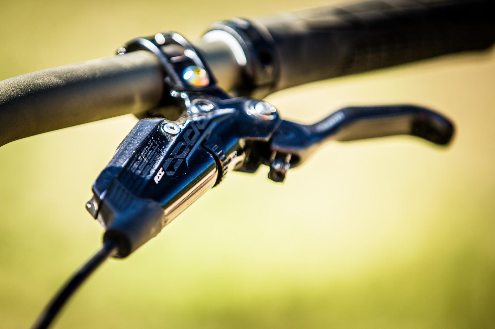 SRAM CODE Brakes - WINNING BIKE: Troy Brosnan's Canyon Sender - Mountain Biking Pictures - Vital MTB