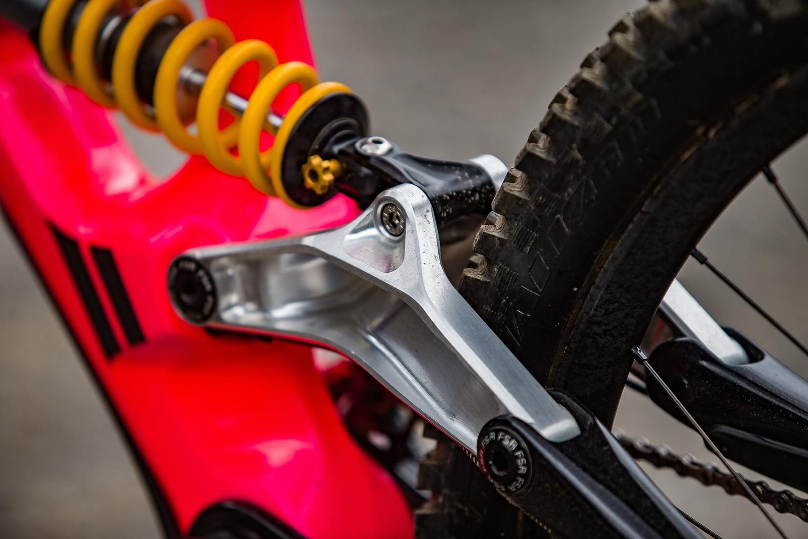 Custom Swing Link - WINNING BIKE: Finn Iles' Specialized S-Works Demo - Mountain Biking Pictures - Vital MTB