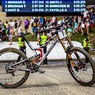 WINNING BIKE: Greg Minnaar's Santa Cruz V10 29er
