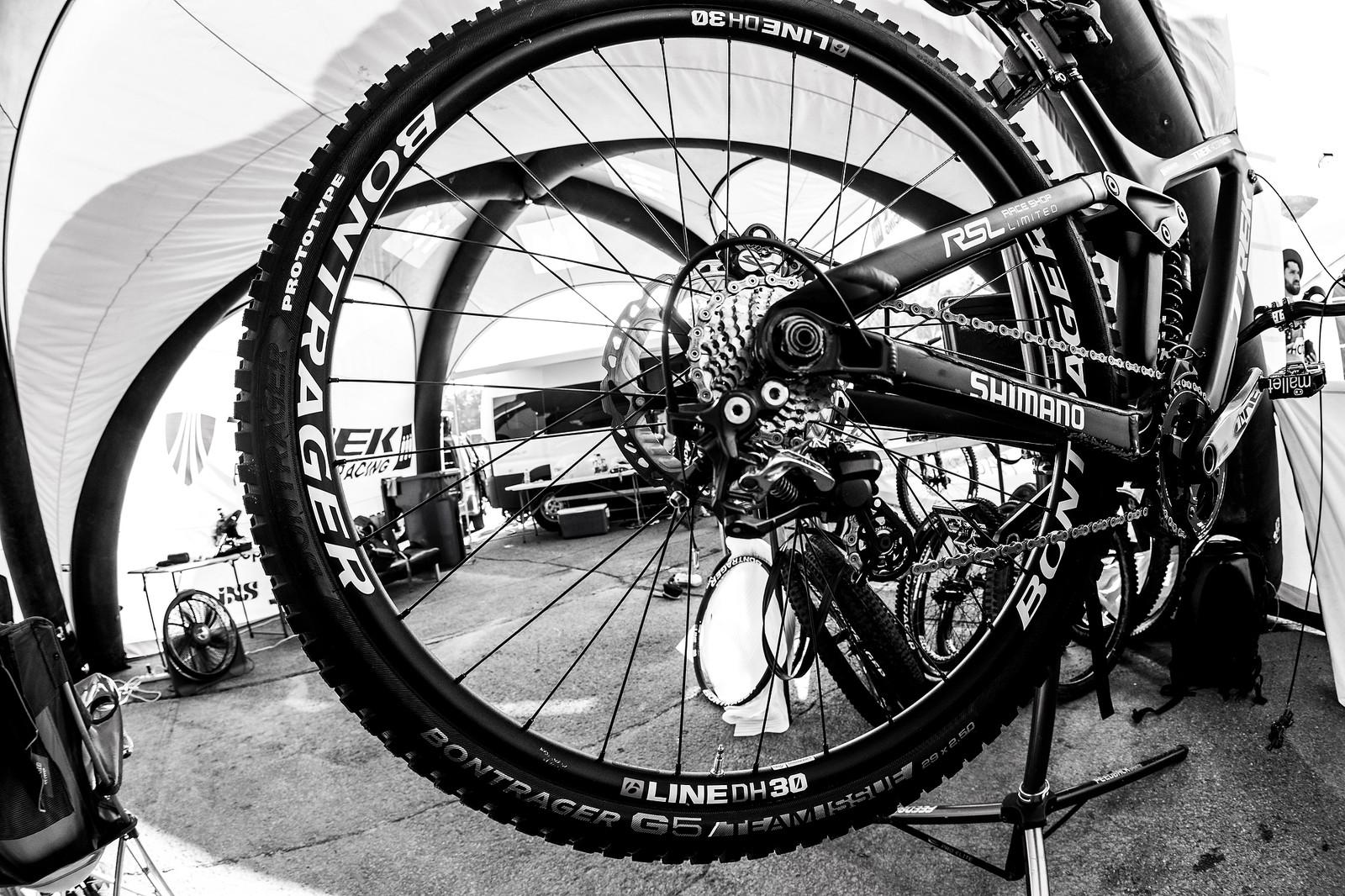 New Bontrager G5 29 x 2.5 DH Tire - PIT BITS - Mont-Sainte-Anne World Cup - Mountain Biking Pictures - Vital MTB