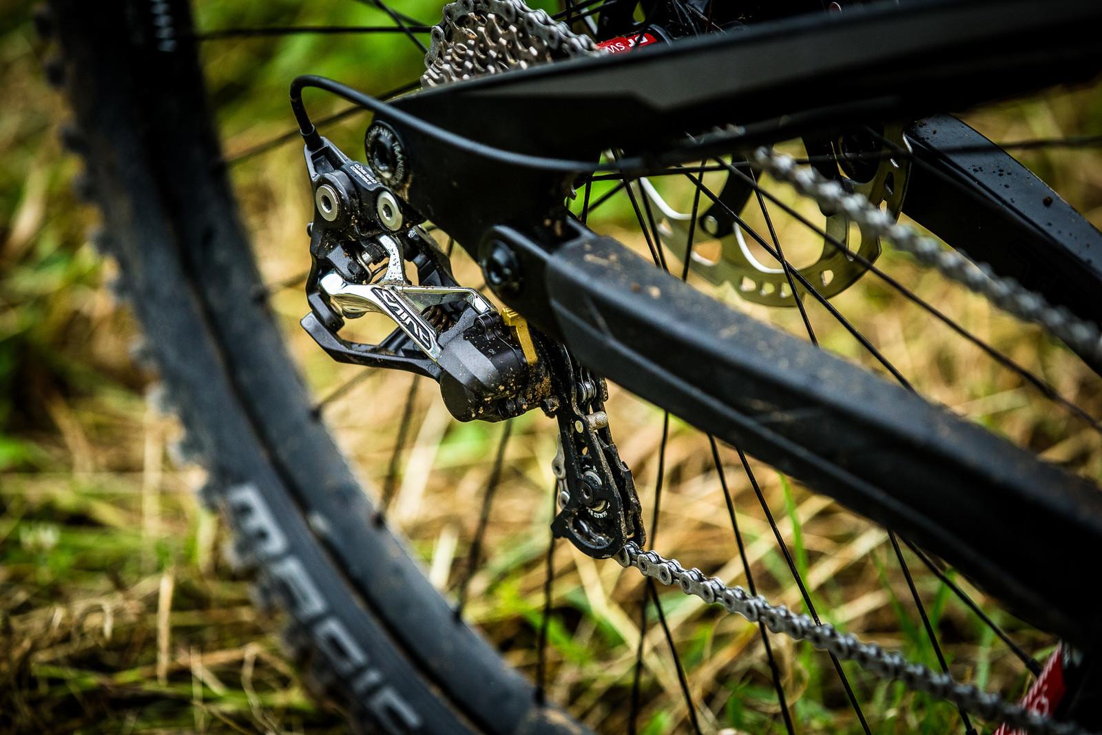 Shimano Saint Drivetrain - WINNING BIKE: Tahnee Seagrave's Transition TR11 - Mountain Biking Pictures - Vital MTB