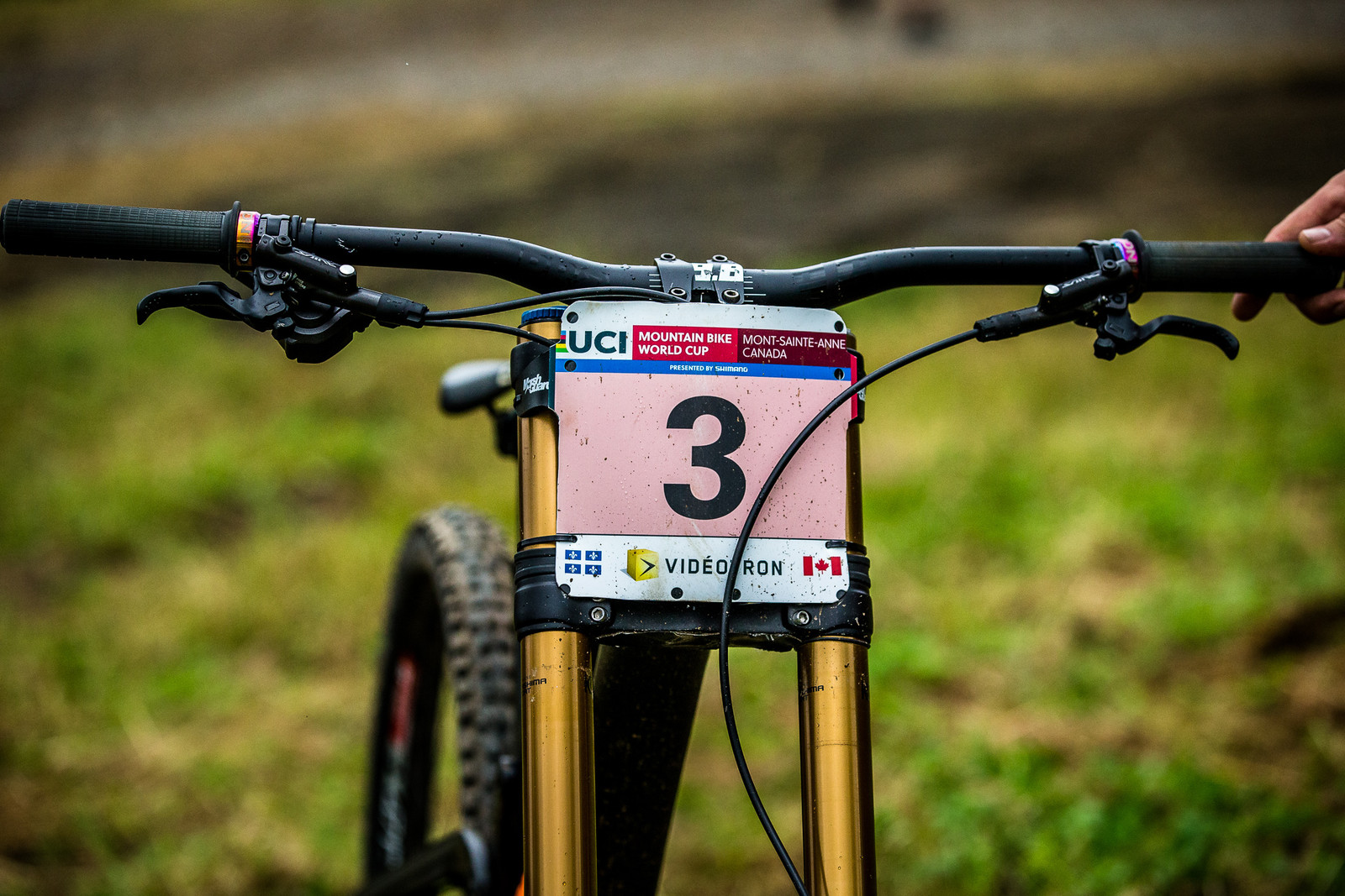 Clean Plate Mounting - WINNING BIKE: Tahnee Seagrave's Transition TR11 - Mountain Biking Pictures - Vital MTB