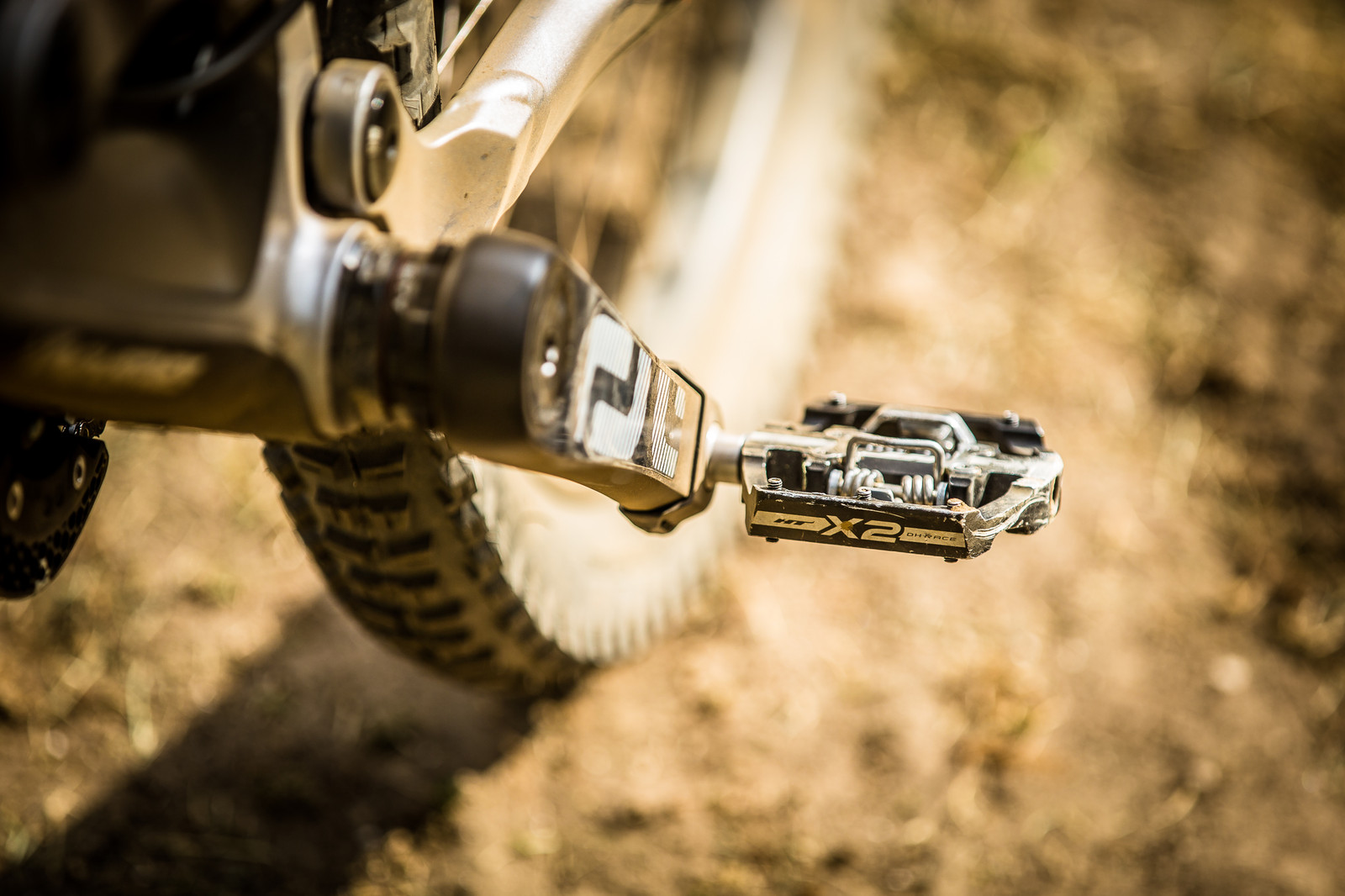 HT X2 Pedals - WINNING BIKE: Aaron Gwin's YT TUES - Mountain Biking Pictures - Vital MTB