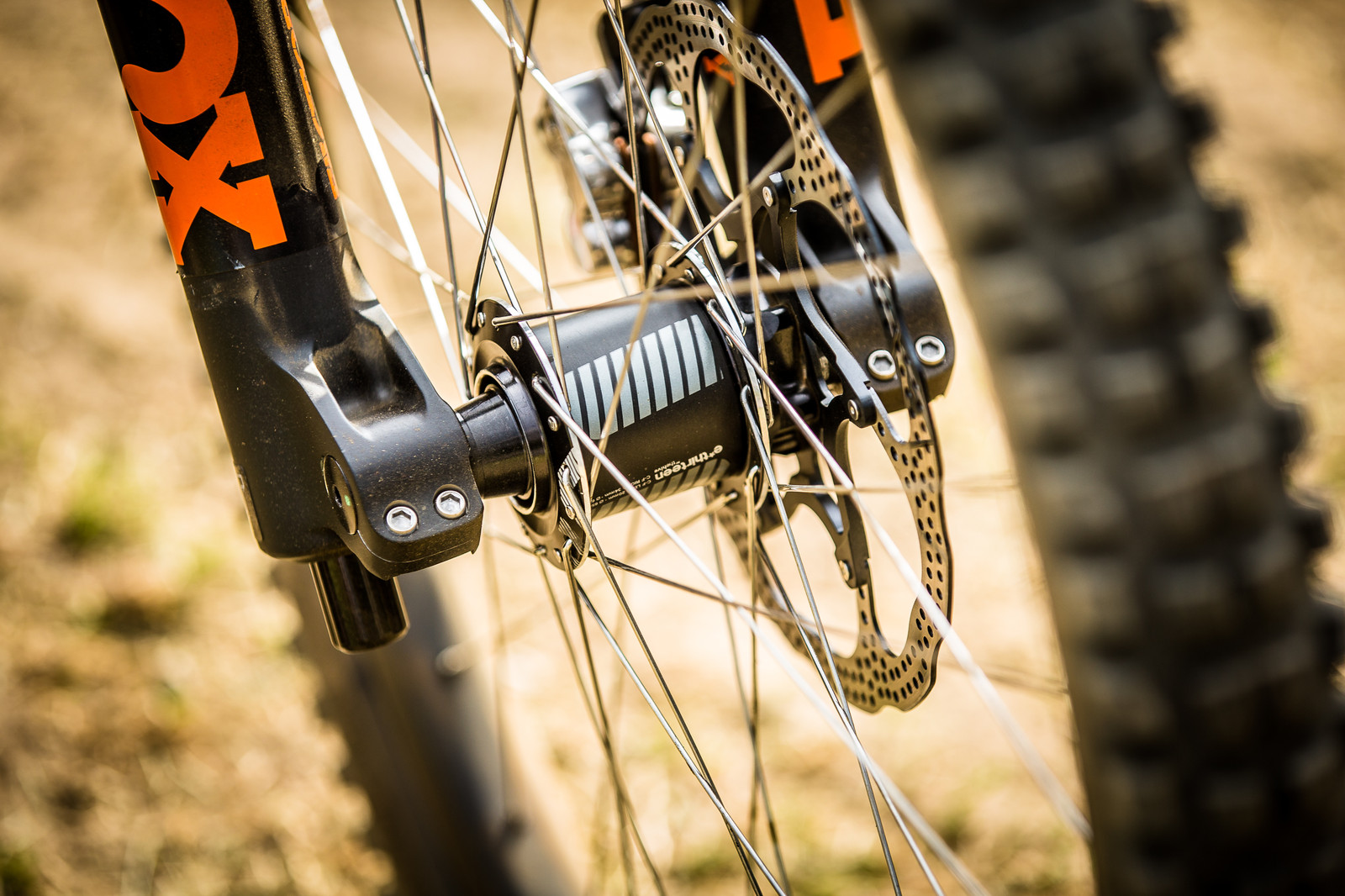 e*thirteen LG1r Wheels - WINNING BIKE: Aaron Gwin's YT TUES - Mountain Biking Pictures - Vital MTB