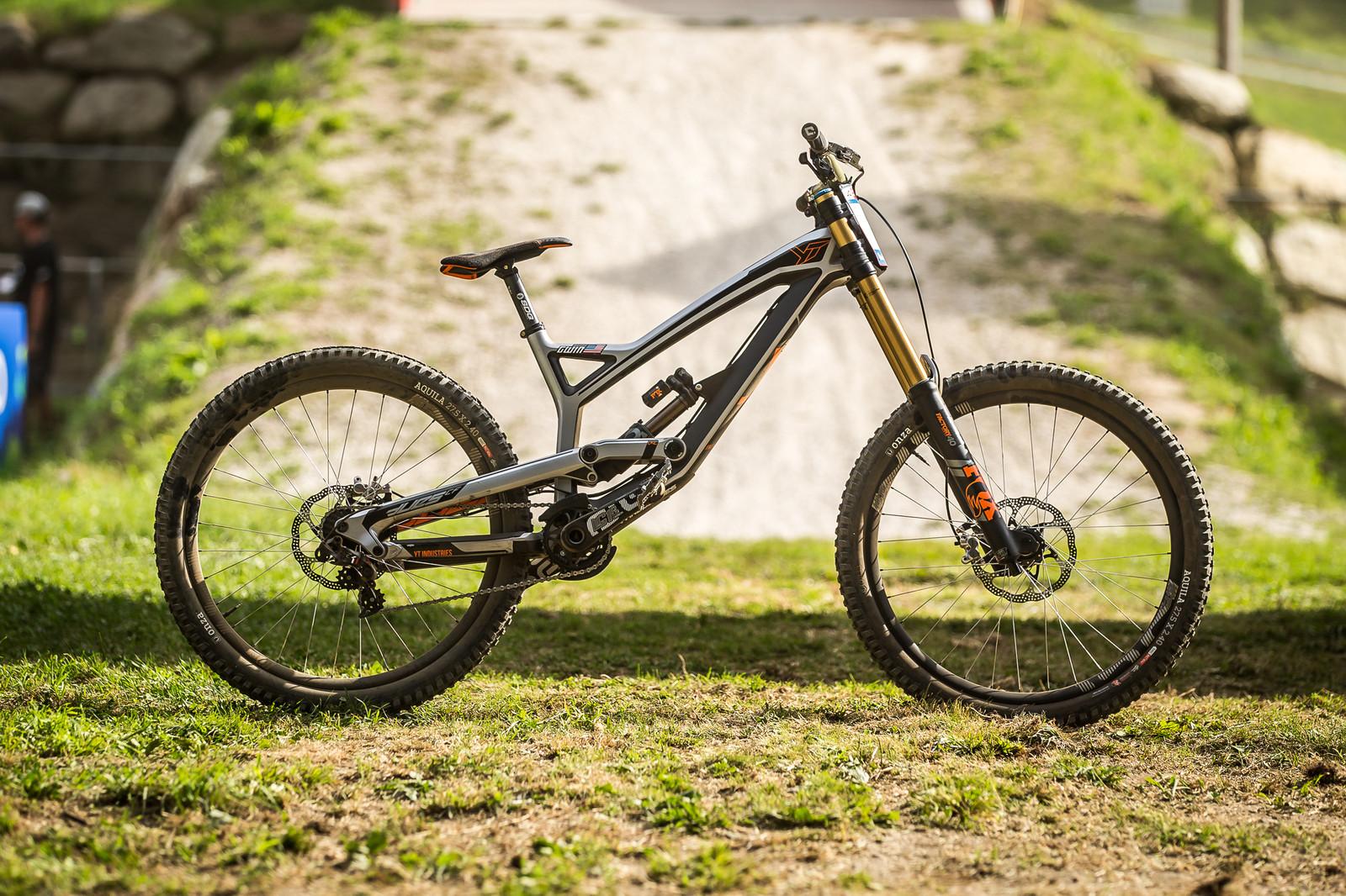 WINNING BIKE: Aaron Gwin's YT TUES - WINNING BIKE: Aaron Gwin's YT TUES - Mountain Biking Pictures - Vital MTB