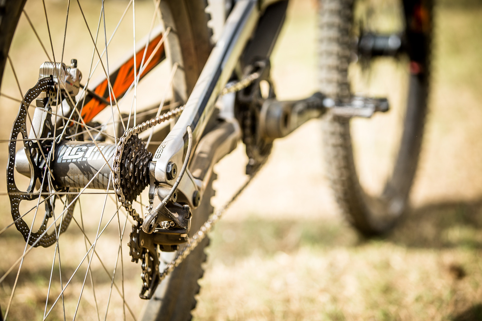 e*thirteen LG1 DH 7 speed cassette - WINNING BIKE: Aaron Gwin's YT TUES - Mountain Biking Pictures - Vital MTB