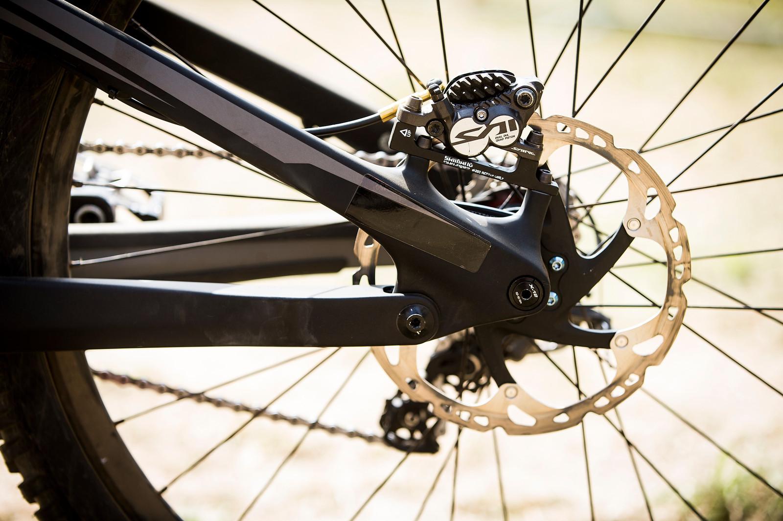 Shimano Saint Disc Brakes - WINNING BIKE: Tahnee Seagrave's Transition TR11 - Mountain Biking Pictures - Vital MTB