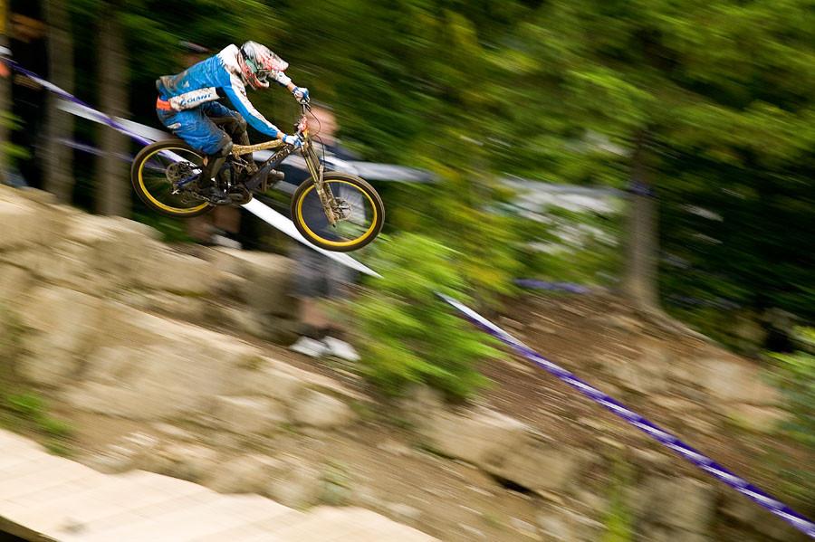 Crankworx 2007, Amiel Cavalier, Huck to Flat Record - Crankworx of The Past - Photos from 2004-2007 - Mountain Biking Pictures - Vital MTB