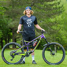 Pro Bike Check: Keegan Wright's Devinci Spartan Carbon