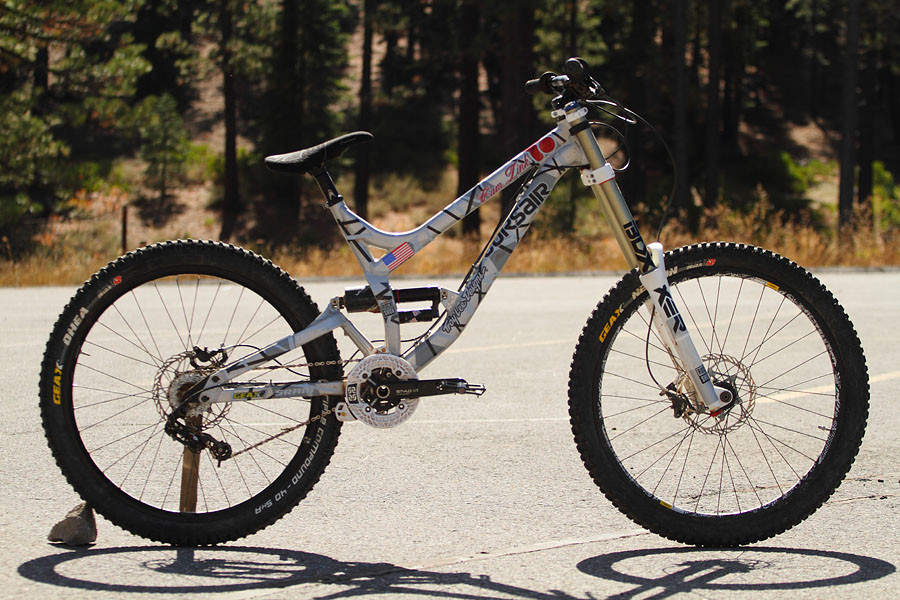 Cam Zink's Prototype Corsair Dominion - Cameron Zink's Prototype Corsair Dominion - Mountain Biking Pictures - Vital MTB