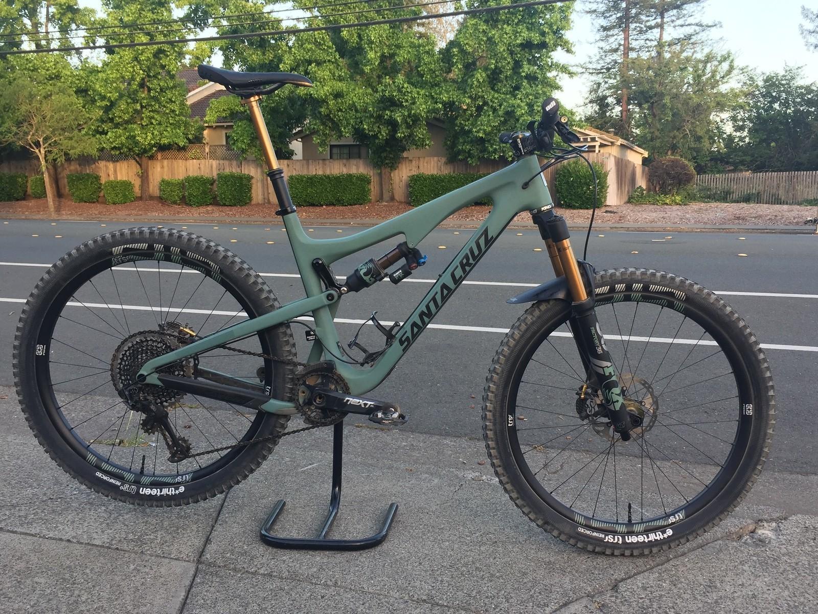856618db22f Chris King Santa Cruz 5010 - Seven Super Sexy Santa Cruz Solos - Mountain  Biking Pictures - Vital MTB