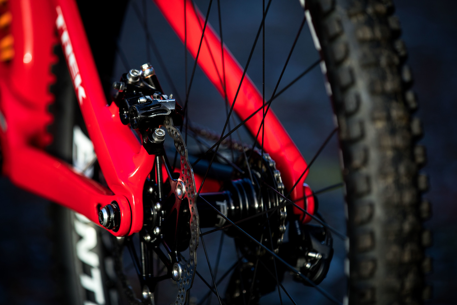 Hope Tech 3 V4 Brakes with 203mm Floating Rotors - Gee Atherton's 2018 Trek Session - Mountain Biking Pictures - Vital MTB