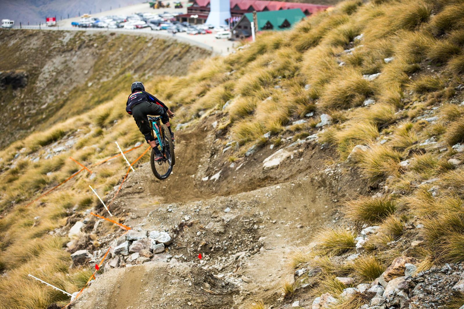 Gareth Burgess - Blenki, Brook & More - 2018 NZ National Champs Day 1 - Mountain Biking Pictures - Vital MTB