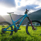 Nate Hills' Yeti SB5 with 2019 RockShox Lyrik