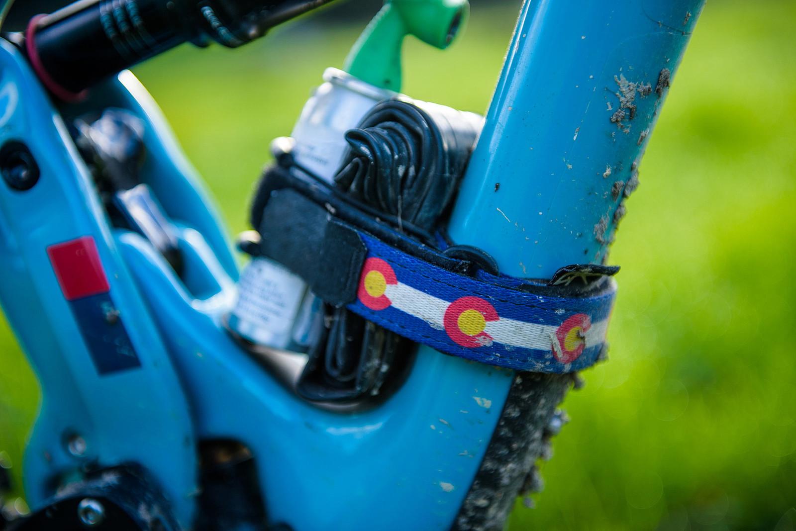 Backcountry Research Gear Strap - Nate Hills' Yeti SB5 with 2019 RockShox Lyrik - Mountain Biking Pictures - Vital MTB