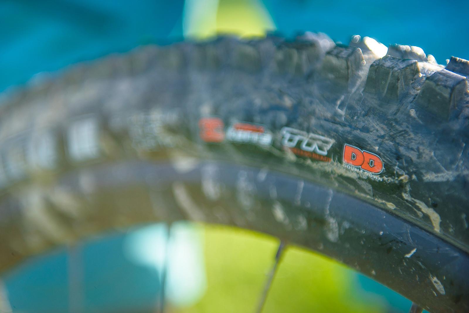Maxxis 2.5 WT High Roller II with DoubleDown Casing - Nate Hills' Yeti SB5 with 2019 RockShox Lyrik - Mountain Biking Pictures - Vital MTB