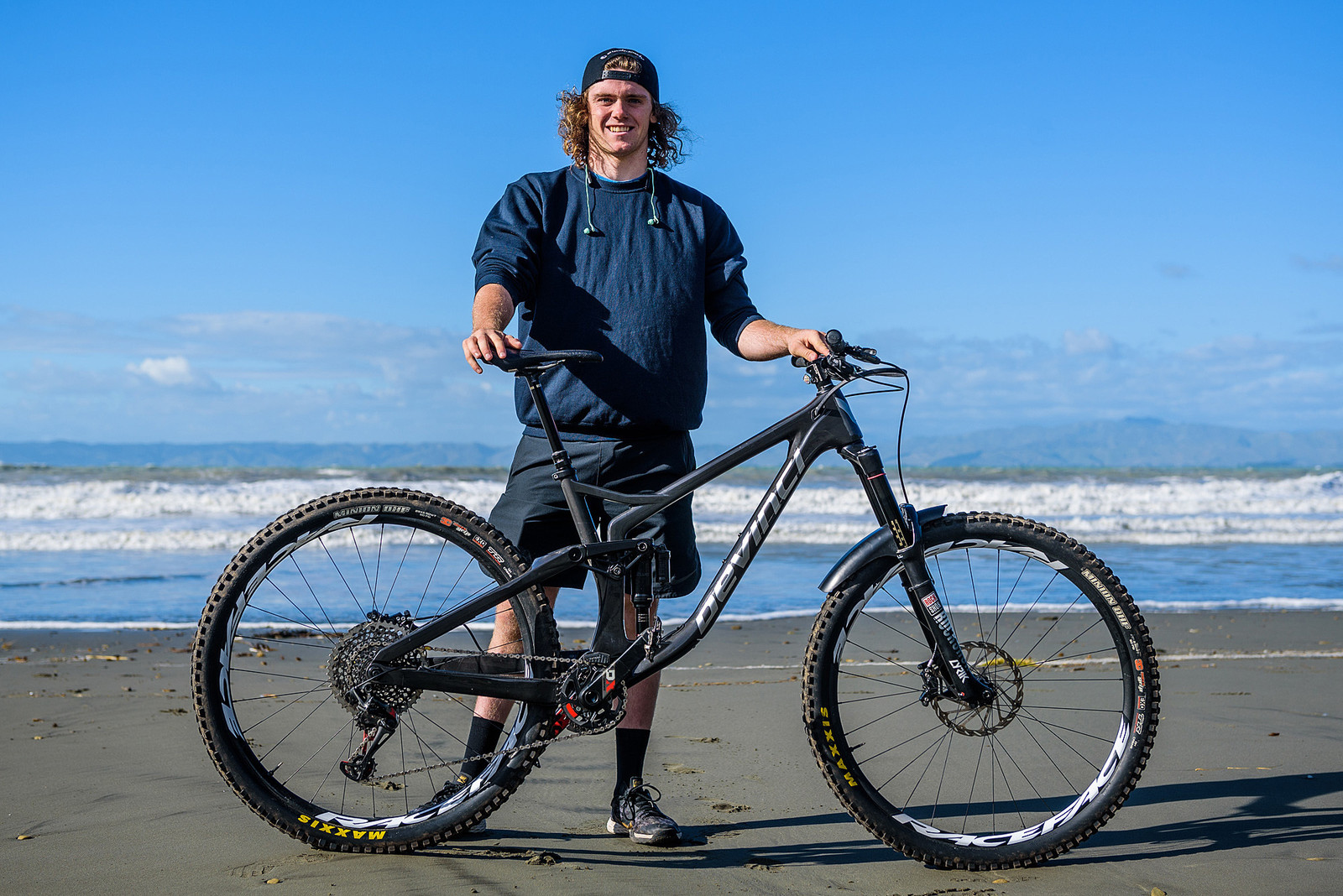 Ready for the EWS - Keegan Wright's Prototype Devinci 29er Enduro Machine - Mountain Biking Pictures - Vital MTB
