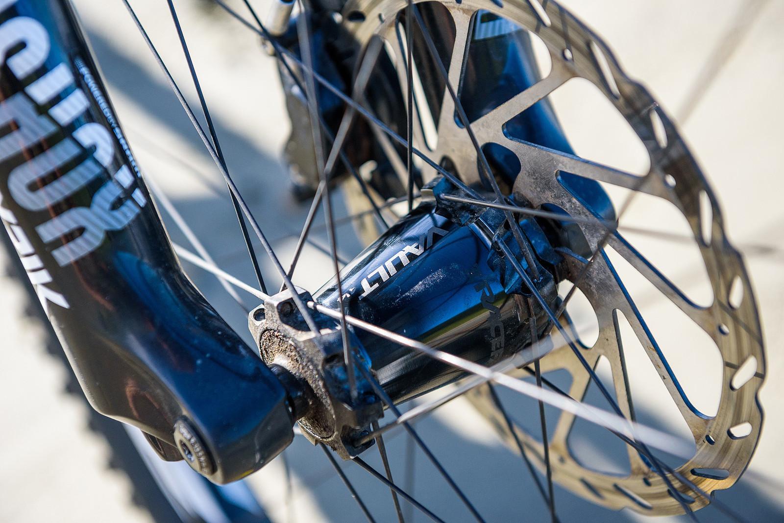 Race Face Wheels - Keegan Wright's Prototype Devinci 29er Enduro Machine - Mountain Biking Pictures - Vital MTB