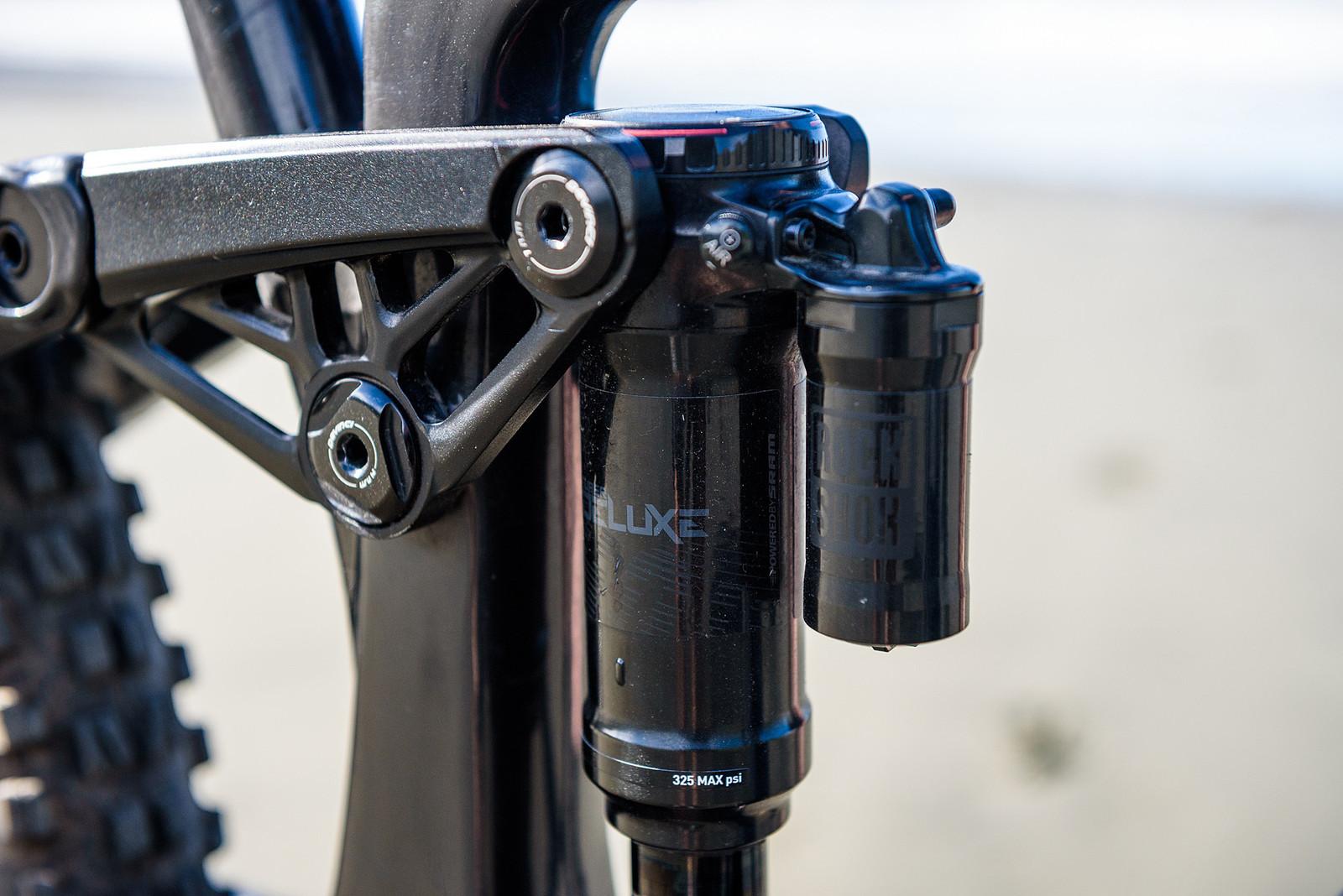 RockShox SuperDeluxe Shock - Keegan Wright's Prototype Devinci 29er Enduro Machine - Mountain Biking Pictures - Vital MTB