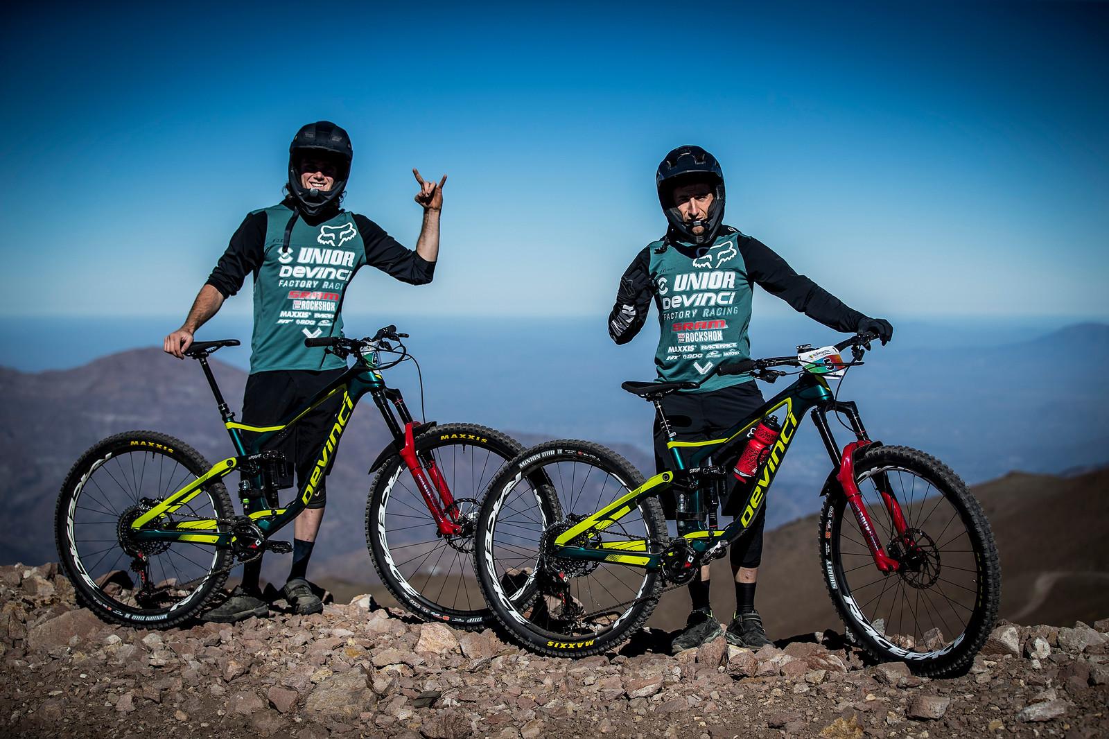 Damien Oton and Keegan Wright at the 2018 La Parva EWS  - PIT BITS AND BIKES - Enduro World Series, Chile - Mountain Biking Pictures - Vital MTB
