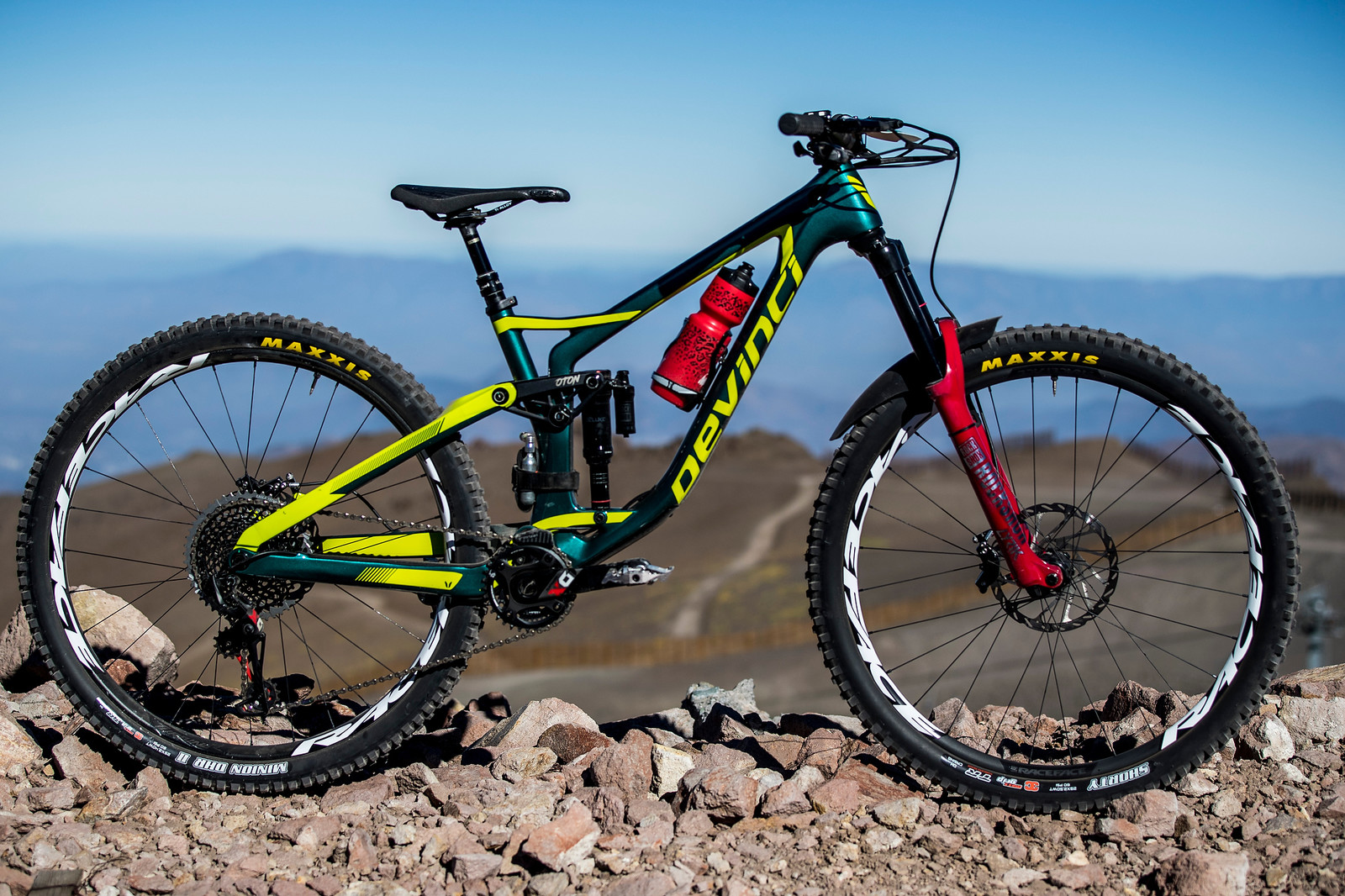 Damien Oton's Prototype Devinci Spartan 29 at the 2018 La Parva EWS - PIT BITS AND BIKES - Enduro World Series, Chile - Mountain Biking Pictures - Vital MTB