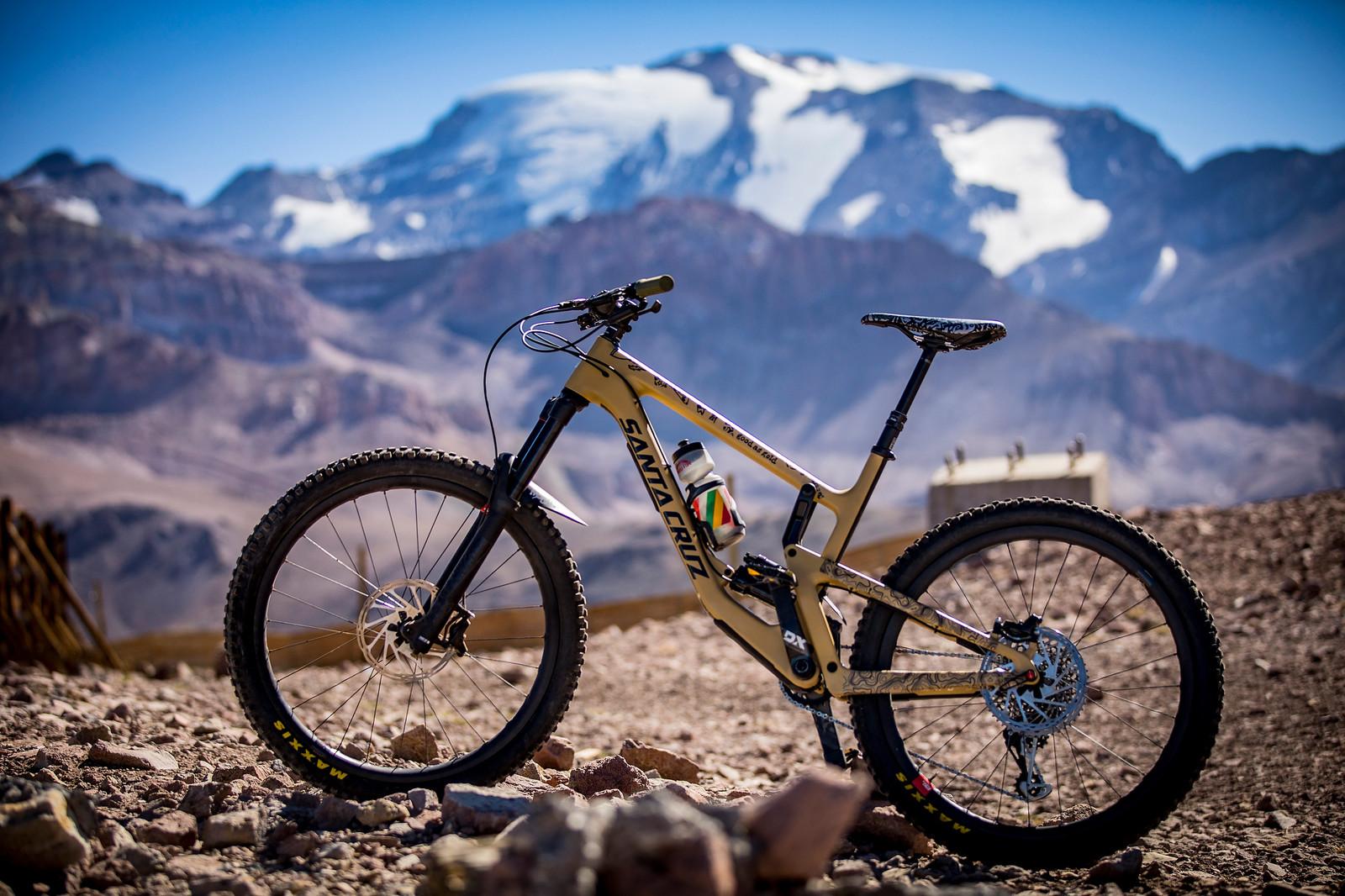 Sven's Santa Cruz Nomad 4 at the 2018 EWS La Parva - PIT BITS AND BIKES - Enduro World Series, Chile - Mountain Biking Pictures - Vital MTB