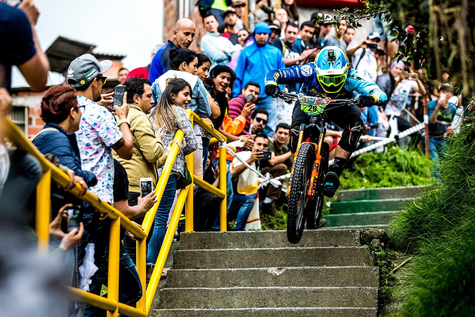 Wyn Masters - URBAN ENDURO! EWS Colombia - Mountain Biking Pictures - Vital MTB