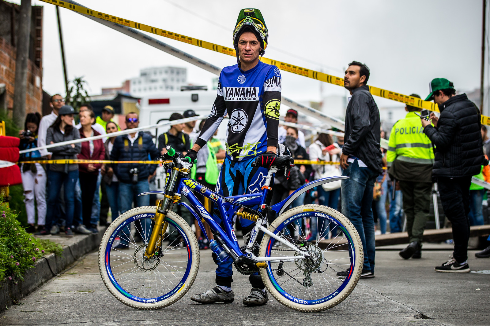 The Details. - URBAN ENDURO! EWS Colombia - Mountain Biking Pictures - Vital MTB