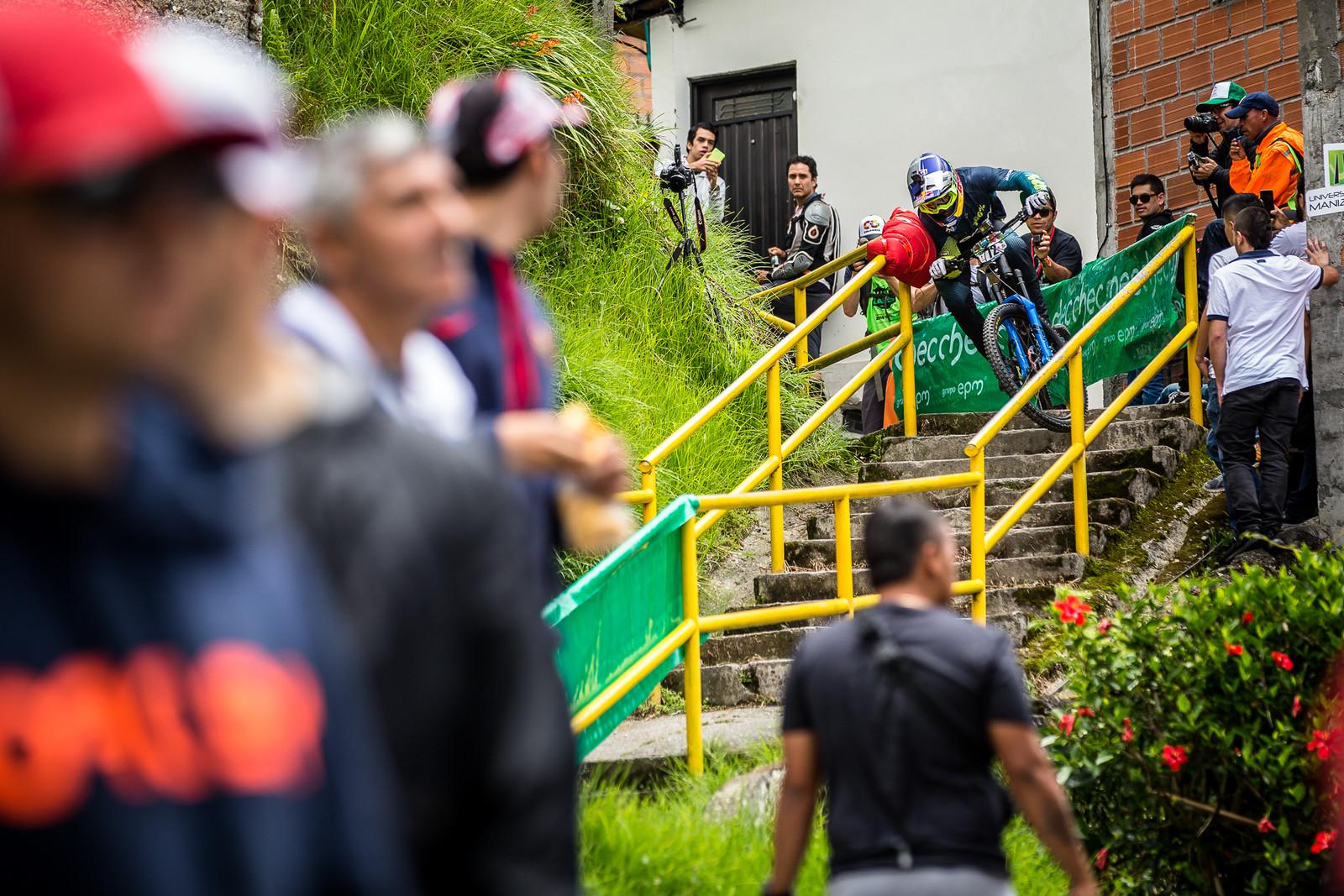 Urban Enduro - EWS Colombia Insanity! - URBAN ENDURO! EWS Colombia - Mountain Biking Pictures - Vital MTB