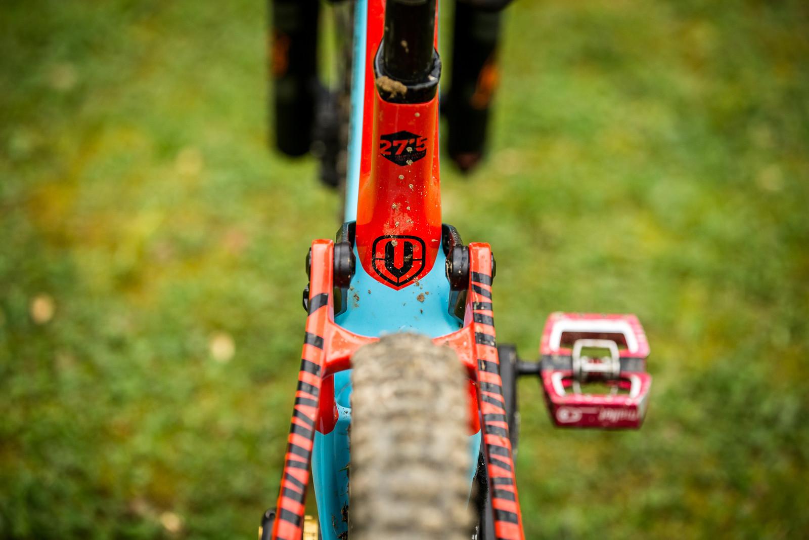 27.5-inch wheels - WINNING BIKE - Laurie Greenland's Mondraker Summum - Mountain Biking Pictures - Vital MTB