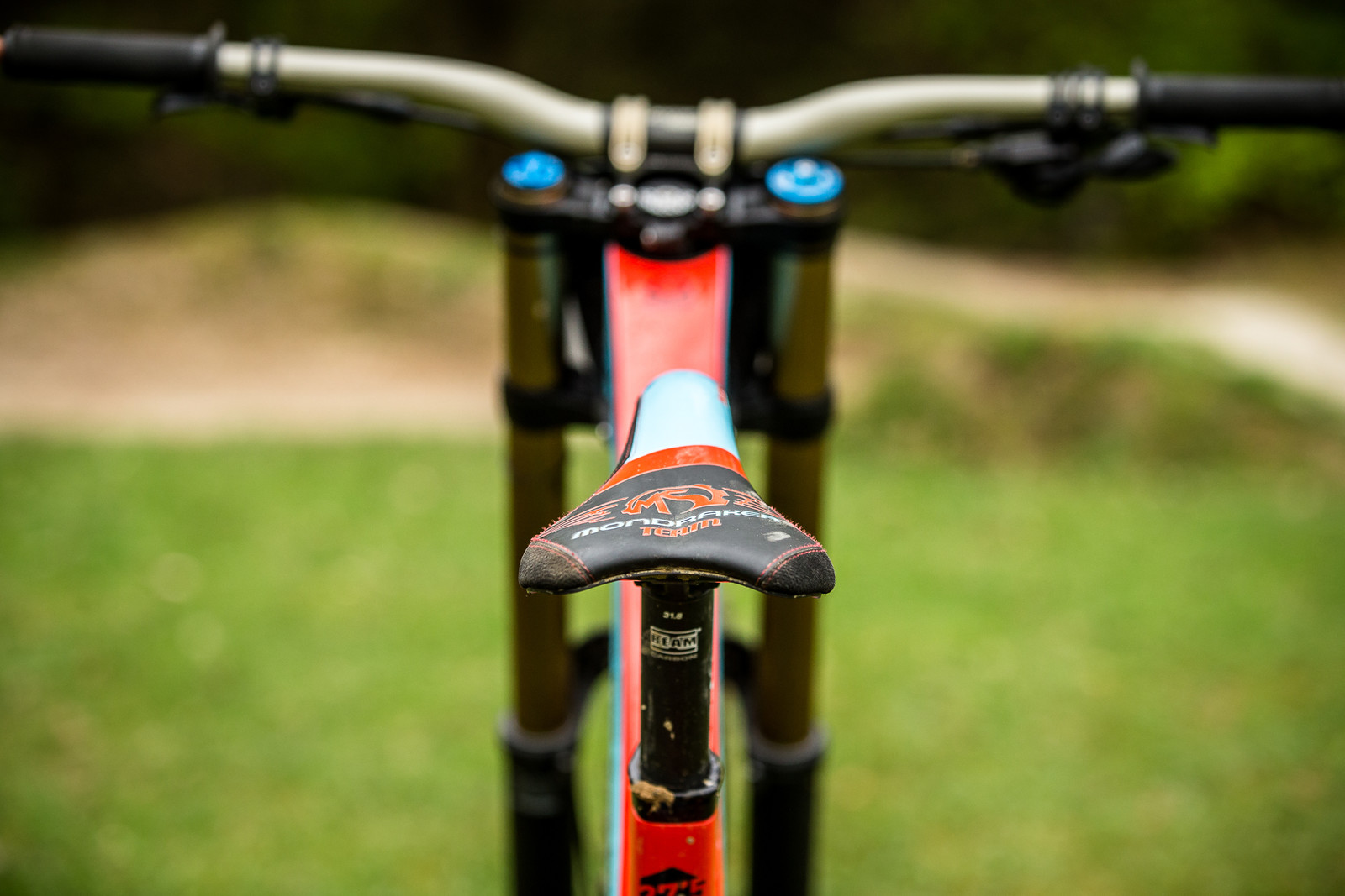 SDG I-Beam Saddle and Post - WINNING BIKE - Laurie Greenland's Mondraker Summum - Mountain Biking Pictures - Vital MTB
