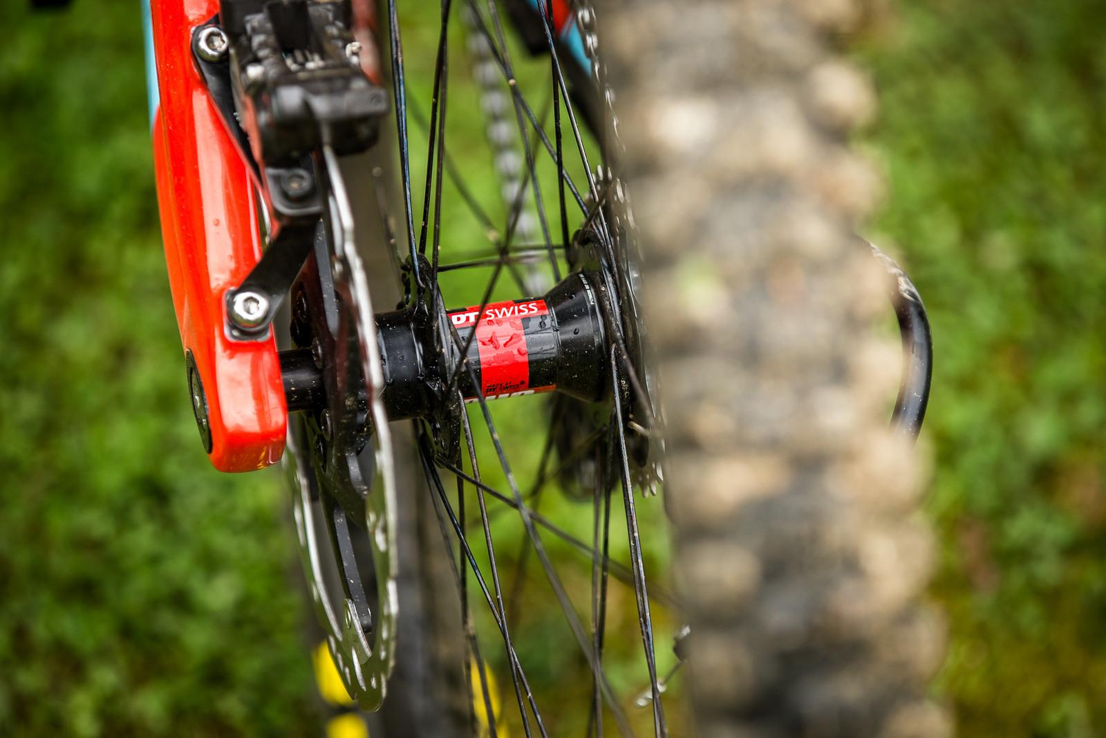 DT Swiss Wheels - WINNING BIKE - Laurie Greenland's Mondraker Summum - Mountain Biking Pictures - Vital MTB