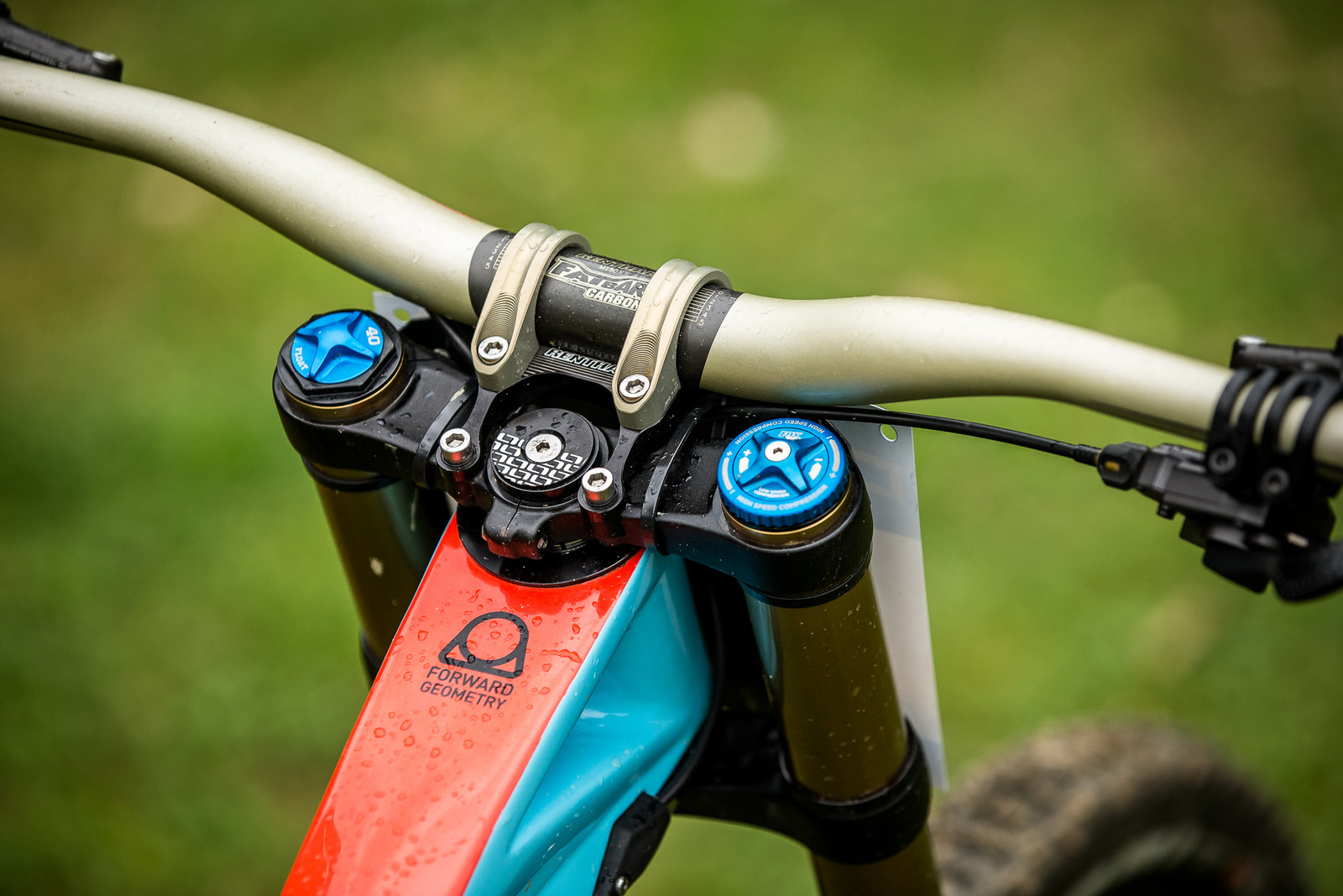 5mm Shorter in the Top Tube for Laurie at Maribor - WINNING BIKE - Laurie Greenland's Mondraker Summum - Mountain Biking Pictures - Vital MTB